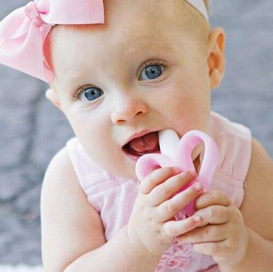 精选4款 Banana Brush 不含BPA婴儿训练牙刷/磨牙棒 9.99加元,原价 12.99加元