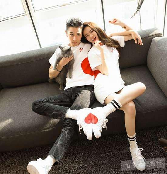 情人节情侣限定款!Adidas Originals 三叶草爱心鞋、情侣装开卖了!