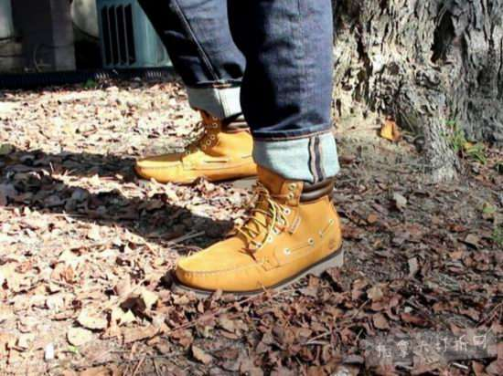 Timberland Oakwell男士系带短靴 99.99加元,原价 149.99加元,包邮