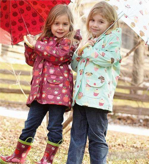 今日闪购:精选多款 Under Armour、Hatley、Urban Republic 等品牌儿童防寒服、外套、夹克、雨衣等3折起!售价低至17.99加元!