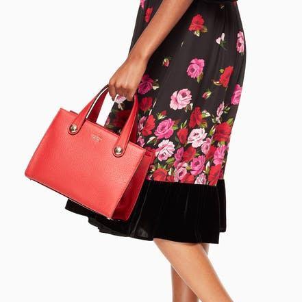 Kate Spade 新春大促最后一天!精选美包、美衣、鞋子、饰品等特价销售,额外7折!