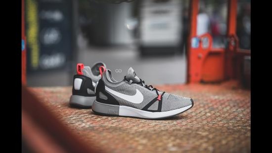 Nike 耐克 Duelist Racer男士跑鞋 99.99加元,原价 165加元,包邮