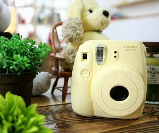 历史新低!Fujifilm 富士 Instax Mini 8 小巧可爱拍立得相机+相机包+相册超值装4.5折 59.33加元包邮!