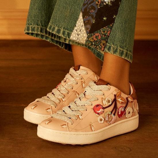 上脚美美的Coach 山茶花玛丽珍鞋、乐福鞋、运动鞋 5折起特卖!雪地靴也打折!