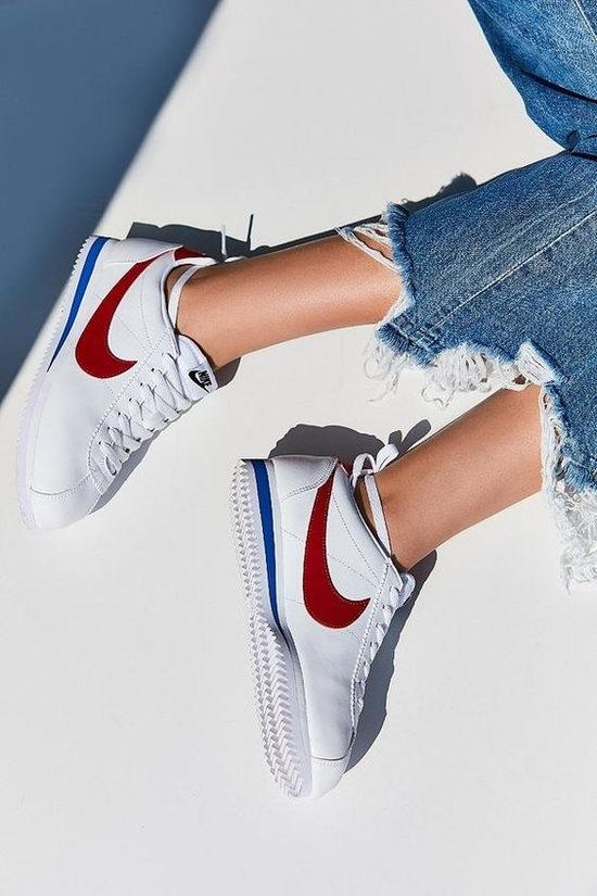 Nike 耐克 Classic Cortez 女款阿甘鞋 48.45加元,原价 95加元,包邮