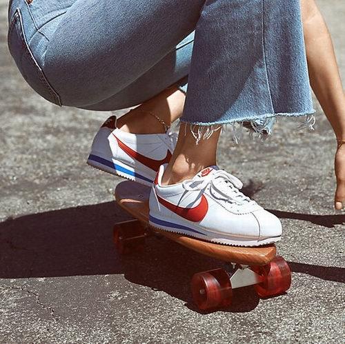 Ins超火款 Nike 耐克 Classic Cortez 女式阿甘鞋 60.56加元包邮!2色可选!