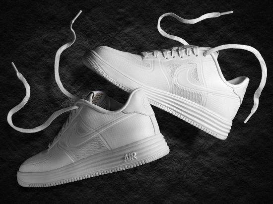 上新了!Nike官网 精选1436款时尚运动鞋、运动服5折起!