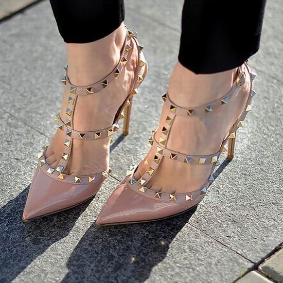 Girl必备!精选 Valentino 华伦天奴 铆钉鞋、小白鞋5.5折起!售价低至266加元!