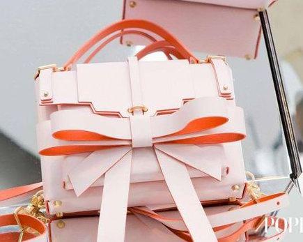 Luisaviaroma 惊喜特卖: 全场Valentino、Miu Miu、Prada、Niels Peeraer 等大牌手袋、美鞋最高享受7折优惠!入小仙女Niels Peeraer 粉色蝴蝶结包!