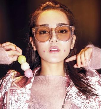 SSENSE精选Dior、Acne Studios、Miu Miu等大牌墨镜 4.1折 108加元起特卖!