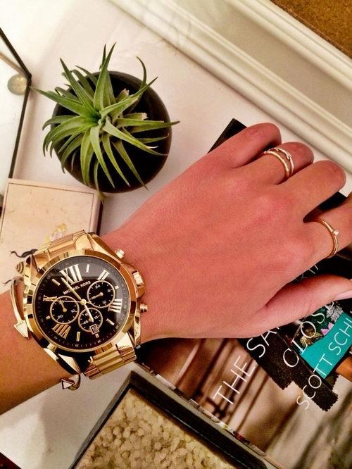 Michael Kors 金色时尚腕表 174.71加元,官网价 335加元,包邮