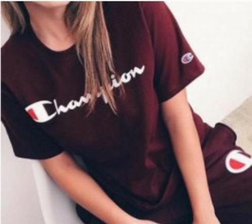 潮牌Champion Reverse Weave 经典款卫衣、卫裤/运动裤3.6折 24加元起清仓!