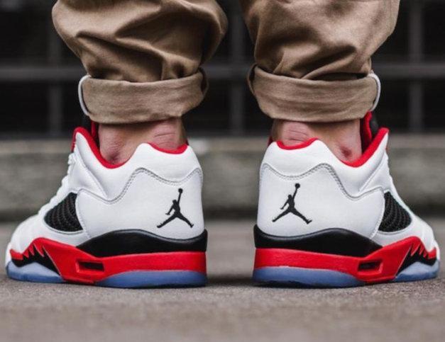 精选 Nike耐克 Jordan系列乔丹运动鞋 7折 97.99加元起特卖!