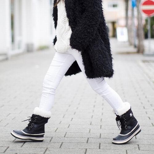 销售量第一!Sorel Carnival女款冬靴 49.62加元,原价 169加元,包邮