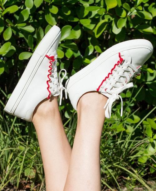 Saks Fifth Avenue 精选大量精品手袋、男女鞋靴、服饰等3折起清仓特卖!入Tory Burch荷叶边运动鞋
