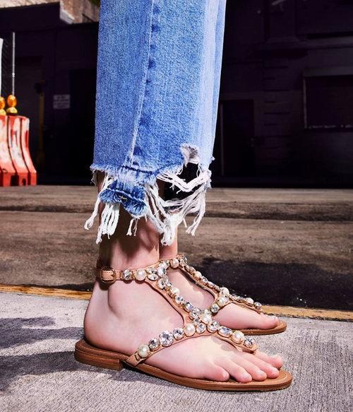 Steve Madden精选凉鞋、平底鞋 5折起+额外8折!清仓区 29.99加元起特卖!