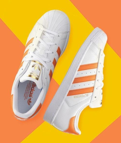 精选 adidas 成人儿童运动鞋 2.7折起+额外7折优惠!