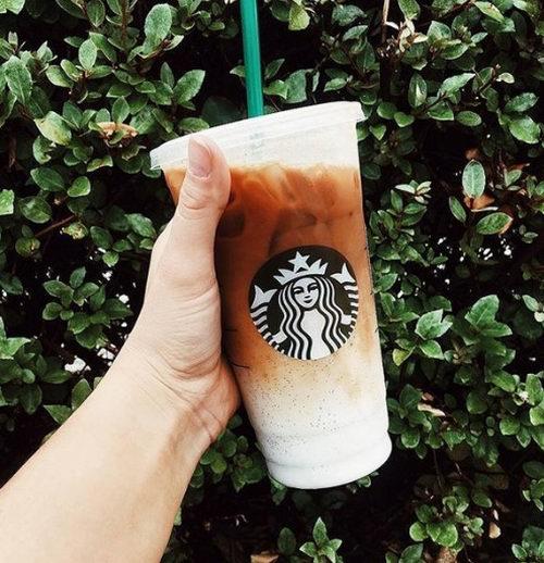今日下午2点起!Starbucks 星巴克会员购买冰茶、冰咖啡买一送一!