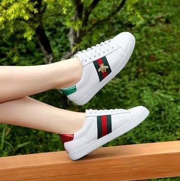 全场Balanciage、Jimmy Choo、Gucci、Manolo Blahnik等大牌美鞋 8.5折优惠!带★款也打折哦!