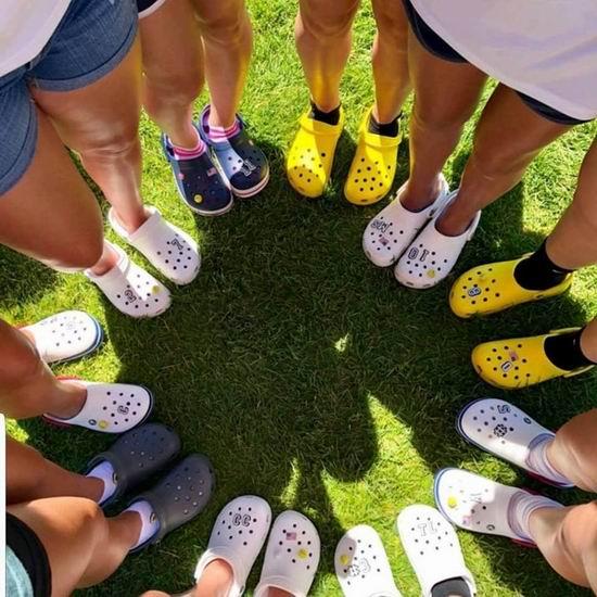 Crocs 卡洛驰洞洞鞋 精选上百款鞋靴全部5折+额外立省15-20加元!