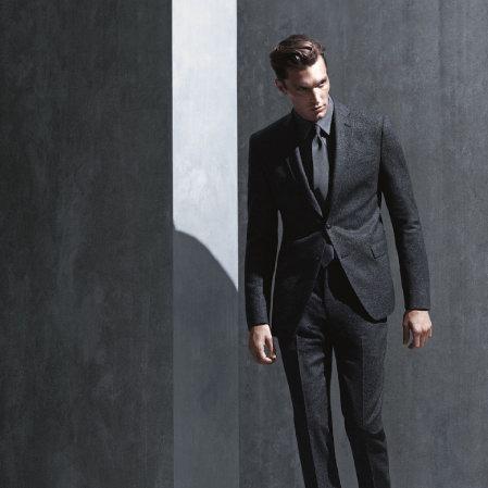 今日闪购:精选多款 Calvin Klein 男式时尚羊毛西服套装全部3.6折 189.99加元包邮!