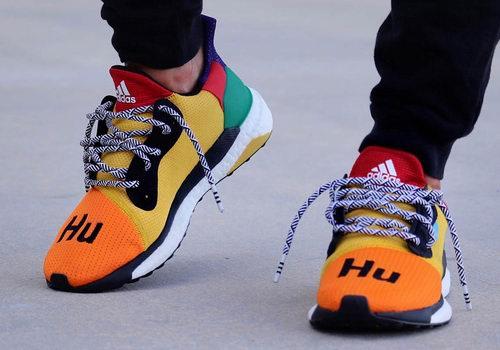 Pharrell x adidas 全新联名 3款 Solar Hu Glide ST拼色潮鞋/彩虹鞋 东部时间 9月25日 8点30分 发售