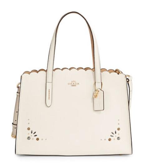 COACH Embellished 花边手袋 白色款 191.81加元,原价 465加元,包邮