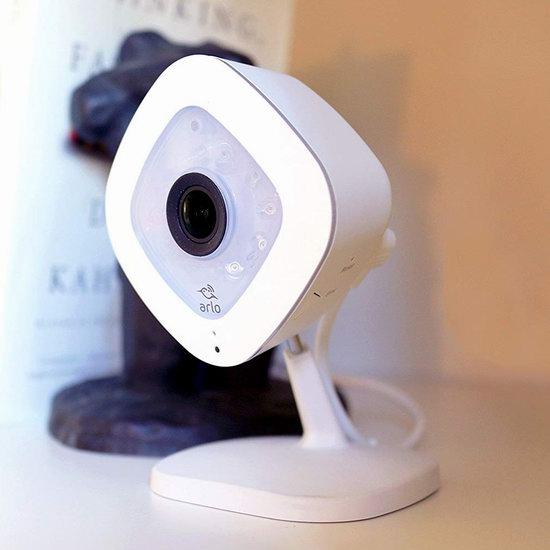 金盒头条:历史新低!NETGEAR 网件 Arlo Q 爱洛 VMC3040 1080p全高清 智能家庭安防摄像头5.6折 141加元包邮!
