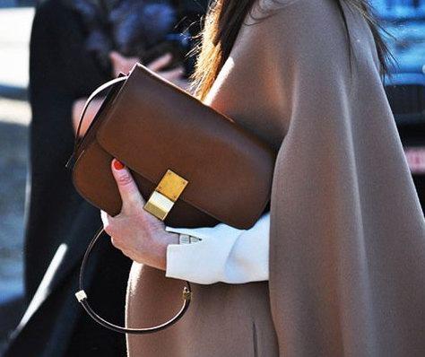每个女人都想拥的经典包!Céline笑脸包、秋千包、Box包等经典美包 火热在线销售!