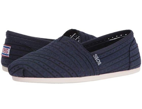 Skechers BOBS 女式一脚蹬帆布鞋 27.26加元起,原价 58.5加元