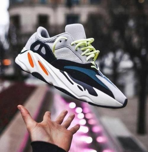 Adidas yeezy boost 700 复古男女同款老爹鞋  9月15日 8点30分开抢