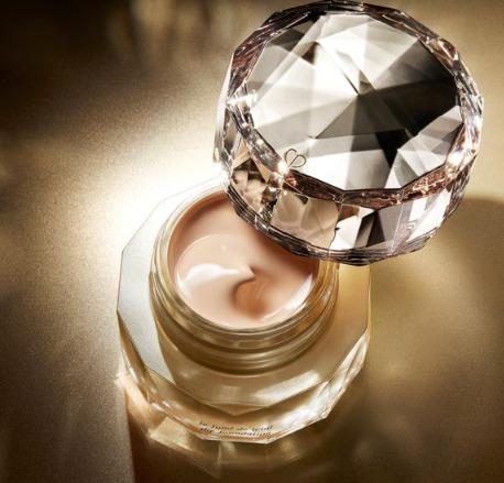 精选 Dior、CPB、SK-II、香缇卡、黛珂 等大牌美妆护肤品牌 全场9折!