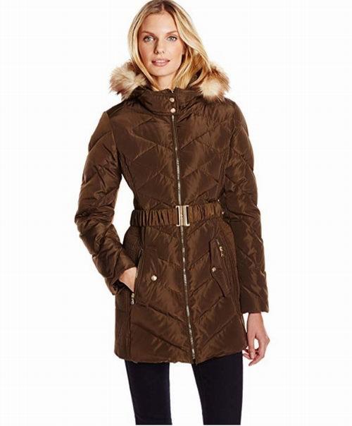 Jessica Simpson 女式束腰羽绒服 62.15加元(XS码),原价 168.99加元,包邮