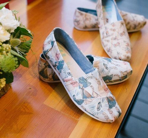 精选TOMS帆布鞋、跑步鞋 5.6折 37.5加元起特卖!入Disney x Toms合作款!
