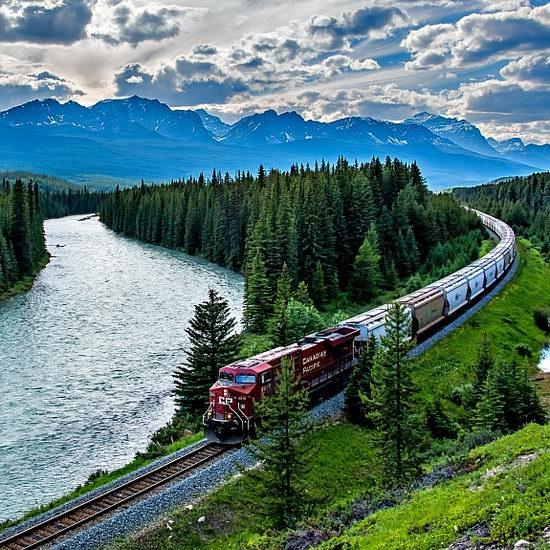 坐着火车去旅行!Via Rail 维亚火车40周年庆!全国火车票限时闪购!仅限今日!