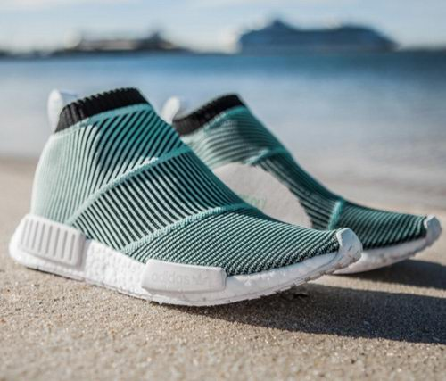 Parley x adidas Originals NMD 经典蓝血人运动鞋 112.5加元,原价 300加元,包邮