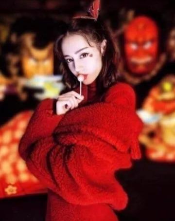Max Mara 泰迪熊大衣、Manuela 经典大衣5.2折起火热销售!收刘涛戚薇杨颖同款!