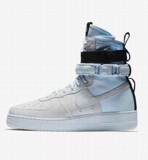 帅炸天了!Nike 耐克 SF Air Force 1男士高帮运动鞋 191.99加元,原价 240加元,包邮