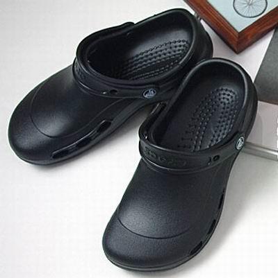 Crocs Specialist Vent 男女中性 洞洞鞋/凉鞋4.4折 17.49加元!码齐!