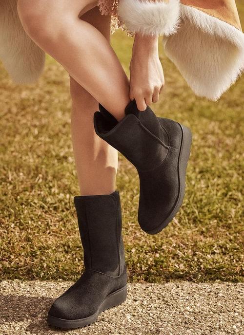 精选 UGG、Baffin、Cole Haan、Cougar等品牌女靴 1.4折 16加元起特卖!