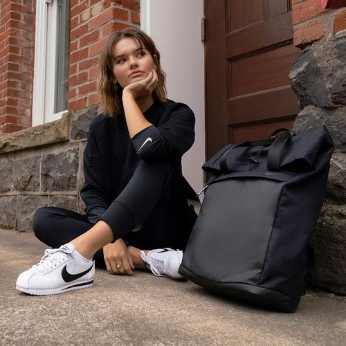 Nike 特卖区上千款时尚运动鞋、运动服5折起优惠!