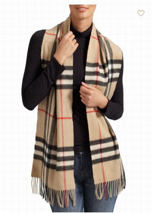 Burberry 巴宝莉经典羊绒围巾 476.5加元,原价 550加元,包邮无关税!