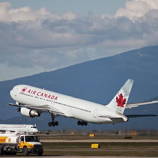 Air Canada 加航 加拿大境内及飞往美国、阳光目的地机票8.5折!春假期间也打折,多伦多往返纽约225元起!