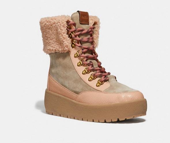 Coach TaoTronics女士防水雪地靴 118.5加元(2色),原价 395加元,包邮