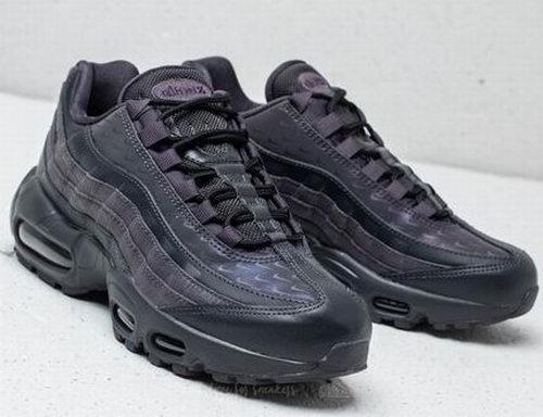 Nike 耐克 Air Max 95 LX 女款复古运动鞋 122加元,原价 244加元,包邮