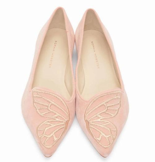 Sophia Webster 粉色尖头平底鞋 302加元,原价 495加元,包邮