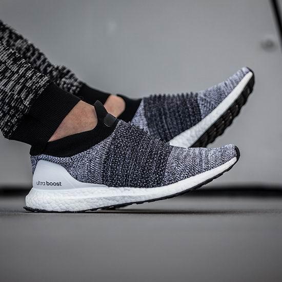 adidas Ultraboost Laceless 男式无鞋带跑步鞋4折 100加元包邮!