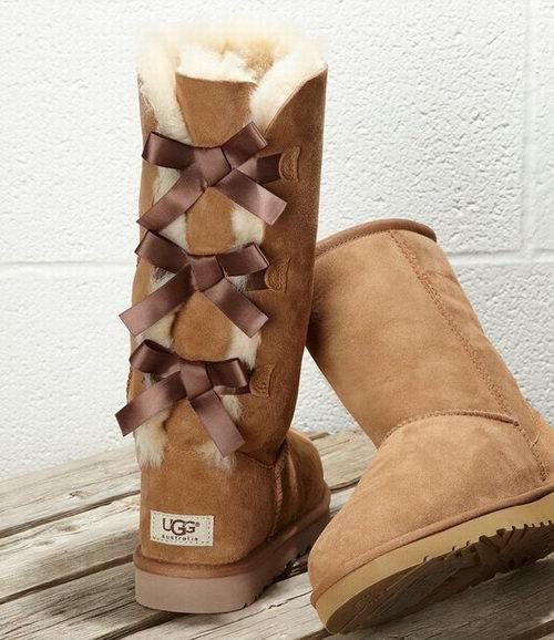 UGG Bailey Bow 三蝴蝶结 雪地靴 174.37加元(2色可选,5码),原价 310加元,包邮