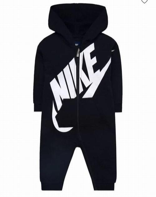 The Bay精选Nike、Adidas、Ralph Lauren、Levi's、Tommy等儿童品牌服饰 1折起+额外8.5折优惠!
