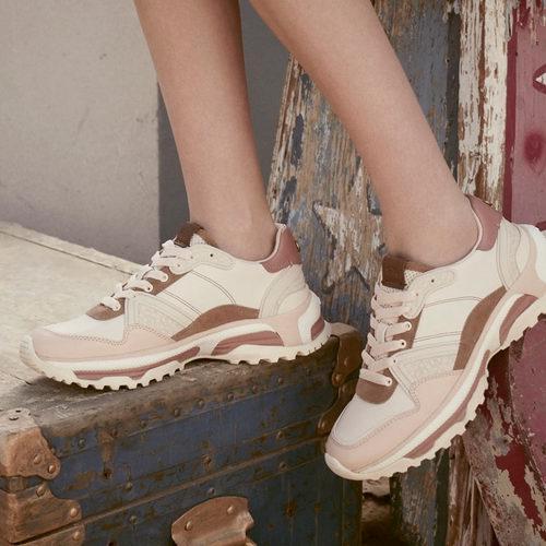 新款加入!Coach精选男女美靴、美衣、运动鞋、罗福鞋 5折优惠!入时尚又保暖雪地靴、大衣!